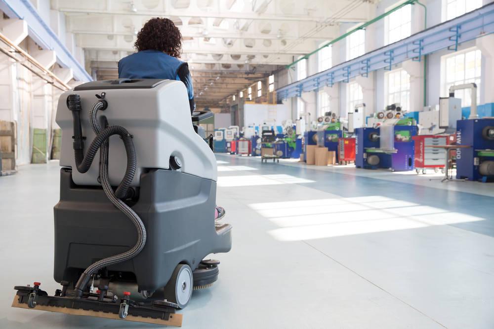 La maquinaria, parte indispensable para una limpieza industrial rápida y de calidad